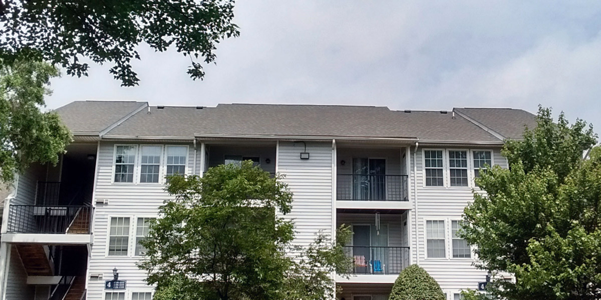 Atlas Pinnacle Pristine shingles used for Apartment complex reroof