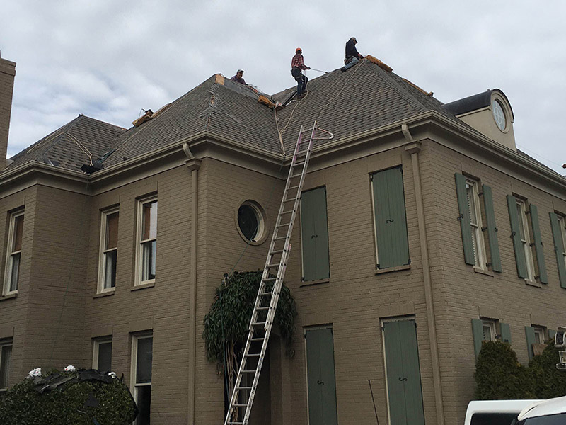 5 Ash Roofing Installing Pinnacle Pristine Roof Shingles