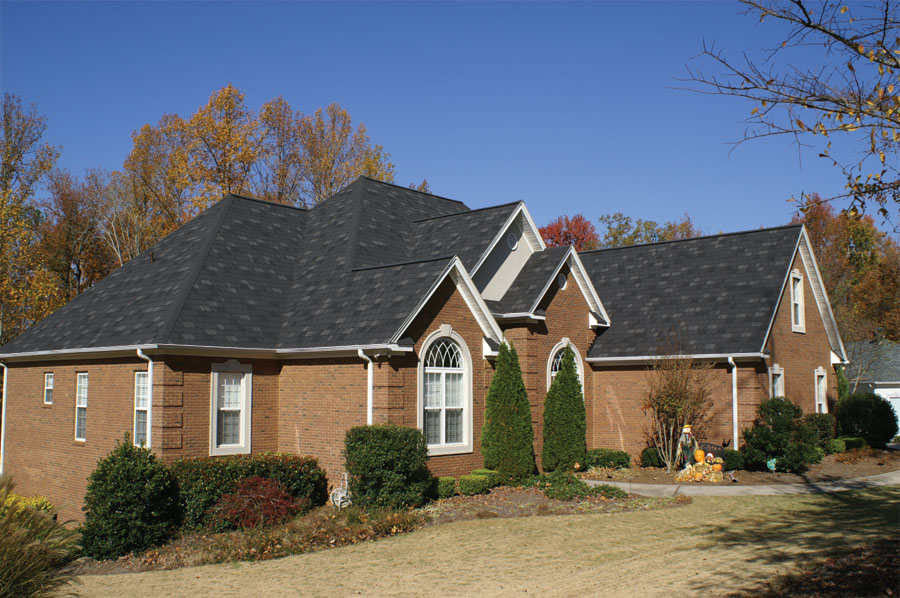 Stormmaster 174 Slate Featuring Scotchgard Protector Roof