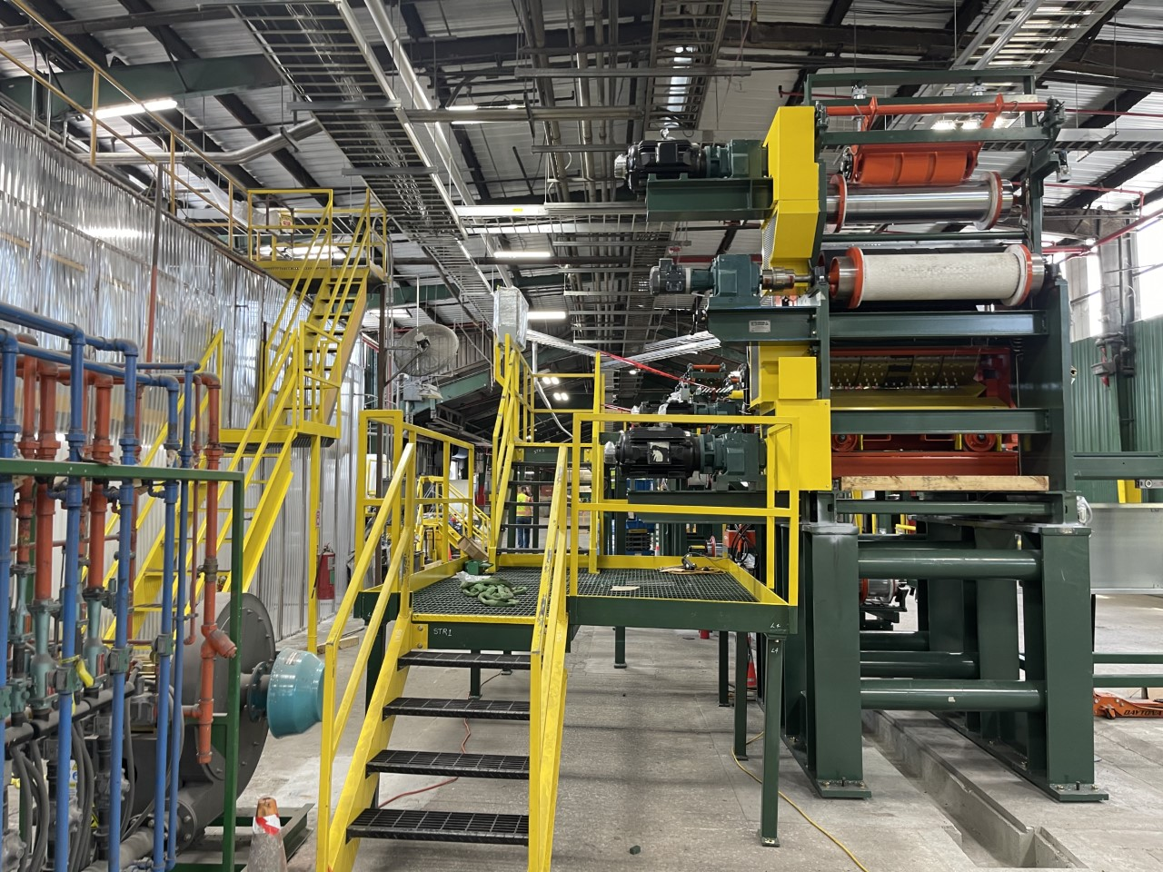 New shingle laminating line at Atlas Roofing's Ardmore, OK, plant